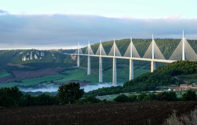 Millau-Viaduct-Southern-France