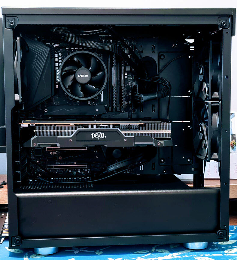 Case - Corsair 275R Airflow ATX Mid Tower Case with Motherboard MSI MEG UNIFY visible